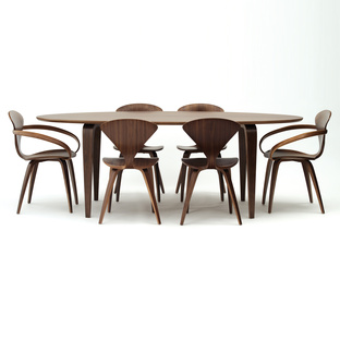 Oval Table | Dwell