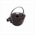 Staub Aubergine Round Teapot