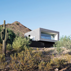 A Geometric Desert Home in Phoenix