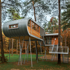 A Modern Treehouse in Belgium