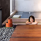 6 Modern Soaking Tubs