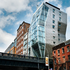 Eye in the Sky: Urban Apartment Overlooking NYC's The High Line