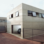 8 Great Modern Garages
