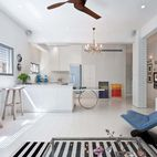 Open-Plan, Personality-Filled Apartment in Tel Aviv
