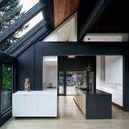 18 Modern Kitchens