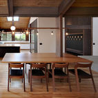 11 All-Wood Dining Areas