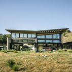 Sustainable Retirement Home in Tune with California Landscape