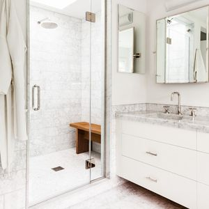Hedge Row Carrara bathroom