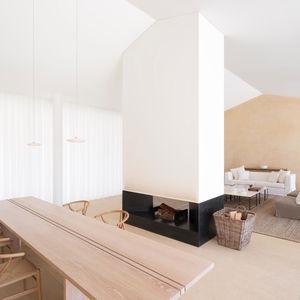A home designed by John Pawson in the private residential estate of Les Parcs de Saint Tropez.