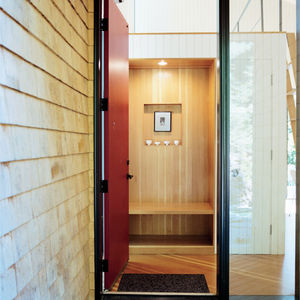 Modern small space Rhode Island cottage entry