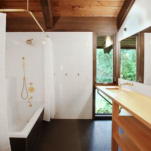 Japanese-Inspired Bainbridge Island house Children's bathroom
