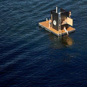 Floating sauna in seattle waterfront by GOcStudio