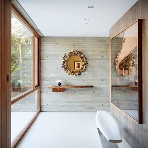 Taryn Simon photograph in the entry greets visitors to this Santa Monica home