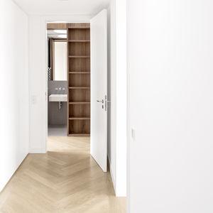Herringbone oak flooring in a Berlin apartment