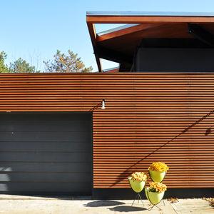 Facade of modern home in Omaha.