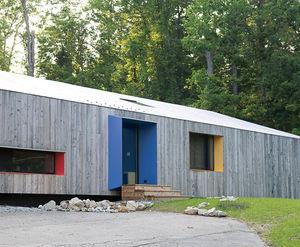 Brighten the corners exterior facade thumbnail