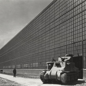 Chrysler Tank Arsenal in Detroit, exterior view with tank in foreground, Detroit, MI. July 10, 1941. Photographer- Hedrich-Blessing