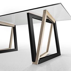 "Dror Benshetrit's ""QuaDror"" joint combines four L-shaped blocks."