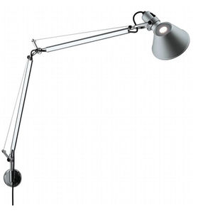 A classic, the Tolomeo lamp.