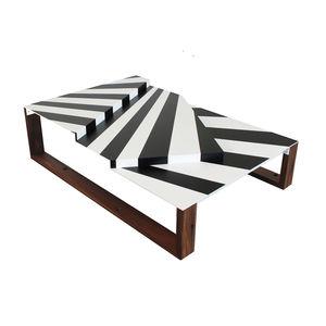 war craft coffee table