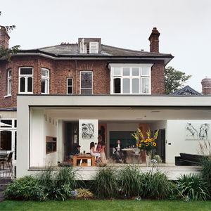 London house backyard addition