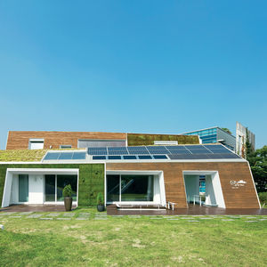 e green home facade