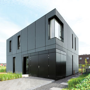 dark grey metal house Villa DVT The Netherlands by BoetzkesHelder