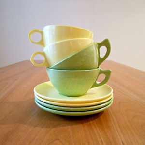 melamine cups and saucers
