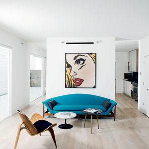 row on 25th livingroom 1