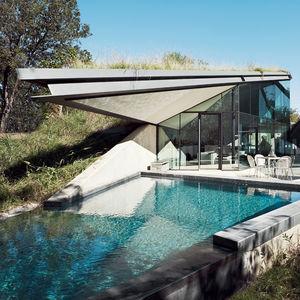 edgeland house pool