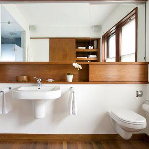 brookline massachusetts bathroom