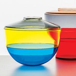 salone snapshot shibuya vases