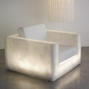 preston club chair