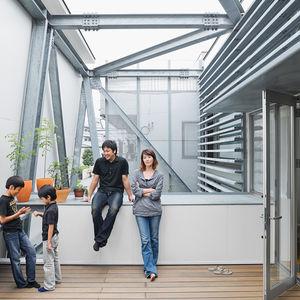 y house terrace portrait