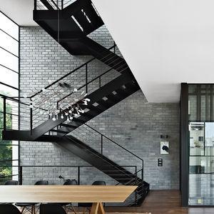 hai life stairs