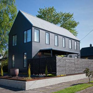 02 webster 2 house exterior corner