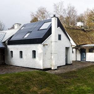 Farum house exterior view.