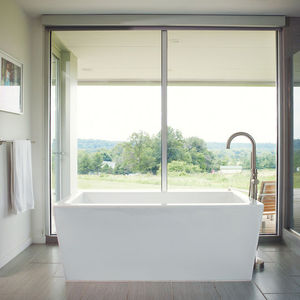 porch house bathtub