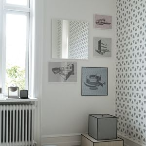 illustrate frame showing kristina dam prints