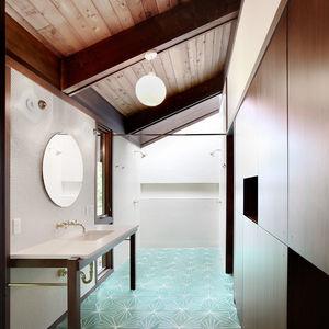 Japanese-Inspired Bainbridge Island house Master Bathroom