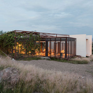 creative commons family live work retreat mexico facade terracreto concrete glass steel