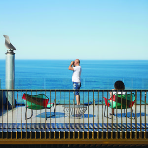 modern fairhaven beach house blackbutt eucalyptus rooftop terrace Tropicalia chair