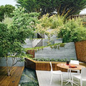 modern landscaping terrace pie deck reflecting pool granite patio