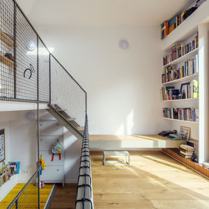 Multiple floors are visible throughout a house in Barcelona.