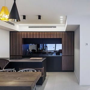 Open plan living and dining space in Tel Aviv
