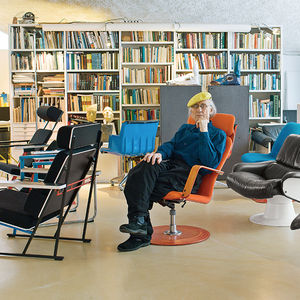 strong finnish helsinki kukkapuro open sitting area fysio chair portrait